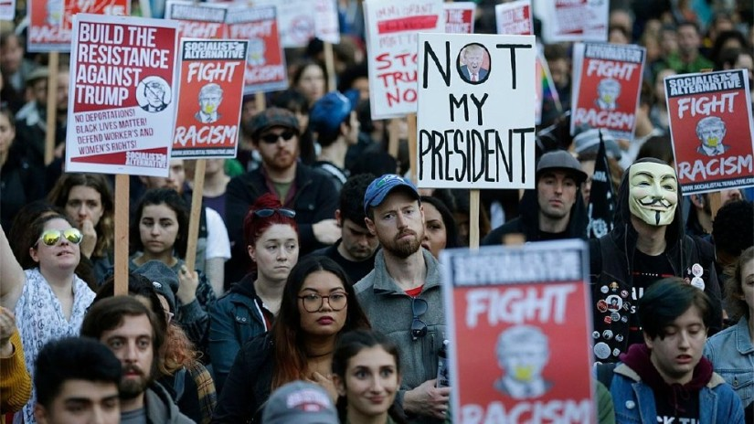 Election protests in Washington. © Norine Dresser photo collection, 2016.